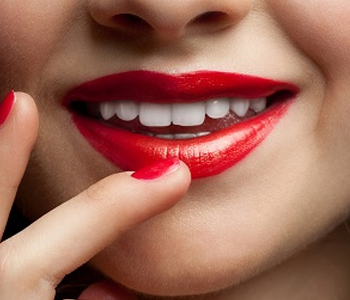 Teeth Whitening Dr. John Aurelia Why might a Rochester cosmetic dentist recommend dental crowns to a patient?