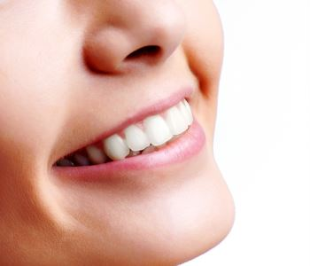 Invisalign in Rochester Hills Dr. John Aurelia How does Invisalign differ from conventional braces for Troy, MI area patients?