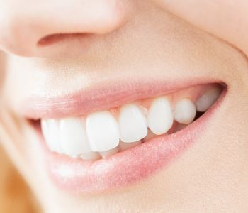 Invisalign in Rochester Hills Dr. John Aurelia How can Invisalign straighten crooked teeth for Rochester Hills' patients?