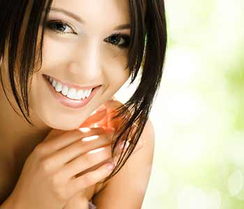 Teeth Whitening Dr. John Aurelia Rochester Hills area dentist offers a wide range of teeth whitening methods