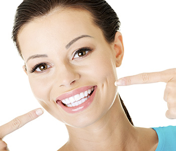 Dental Implants in Rochester Hills Dr. John Aurelia What are Dental Bridges?